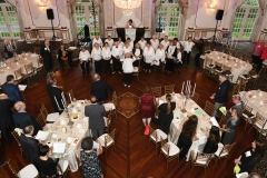 Annual dinner_choir leads anthems
