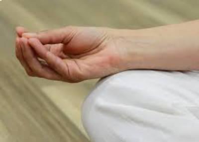 meditation-hands