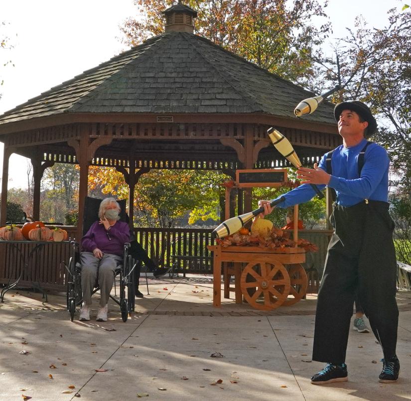 about-jchc-carousel-photo-juggler